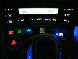 LED打ち換え プリウス30編 エアコンパネル