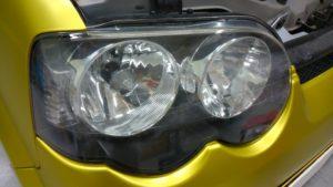 ヘッドライトの黄ばみと曇りの除去、クラック残し