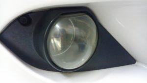 ヘッドライトスチーマー「ドリームコート」で黄ばみ・曇り除去