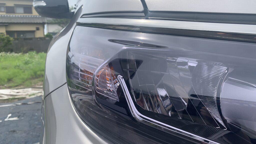 ランドクルーザープラドのヘッドライトにライトスモークプロテクションを施工